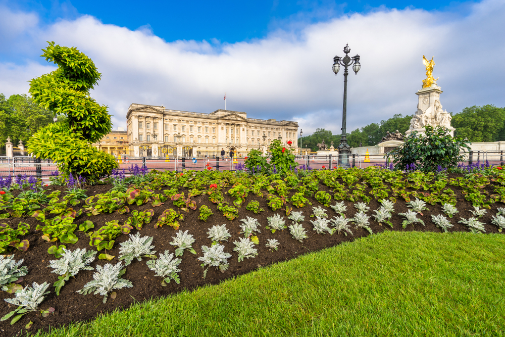 Things to see near Buckingham Palace - Grand Royale London Blog